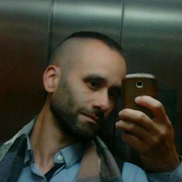 Alexander Fernandez Costa, 32, Barcelona, Spain