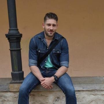 Daniel, 31, Barcelona, Spain