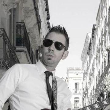 Marcos, 37, Madrid, Spain