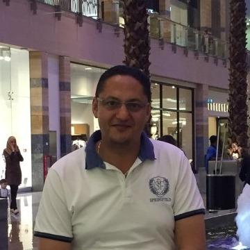Hassan Anwar, 42, Dubai, United Arab Emirates