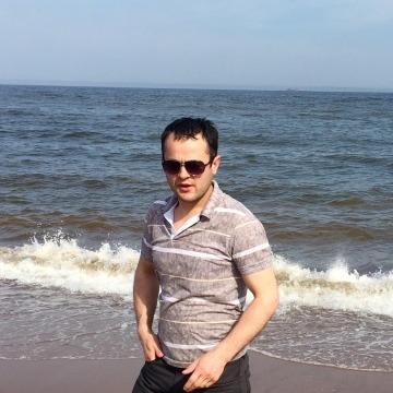 Alax, 32, New York, United States