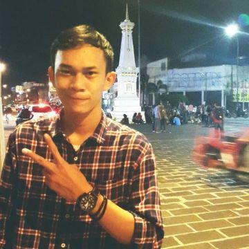 Al Robin, 22, Jakarta, Indonesia