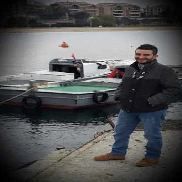 Deniz, 31, Mugla, Turkey
