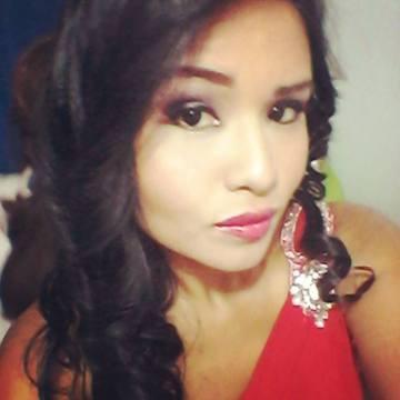 SARA LETO, 27, Guayaquil, Ecuador