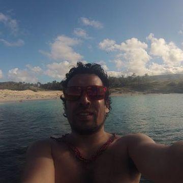 Nacho Merluza Surf, 32, Concon, Chile