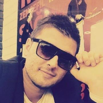 Ali Ceylan, 29, Istanbul, Turkey