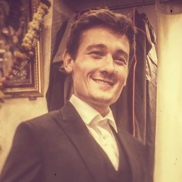 Charlie Emmer, 28, London, United Kingdom