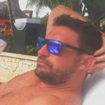 Matias Delorenzi, 34, Buenos Aires, Argentina