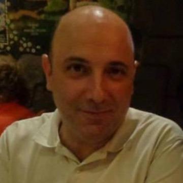 santiago, 46, Madrid, Spain