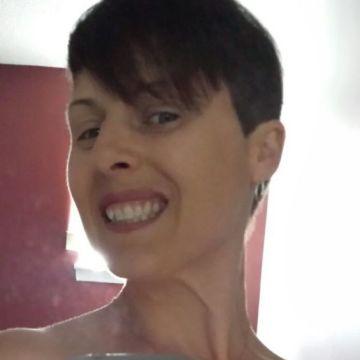 lisa, 40, Bowmanville, Canada