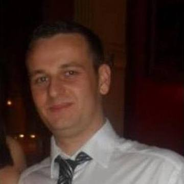 Rich Smith, 31, Kent, United Kingdom