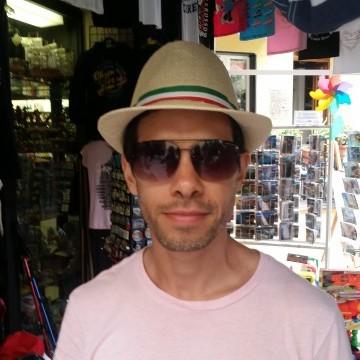 Gustavo Compagnoli, 44, Buenos Aires, Argentina