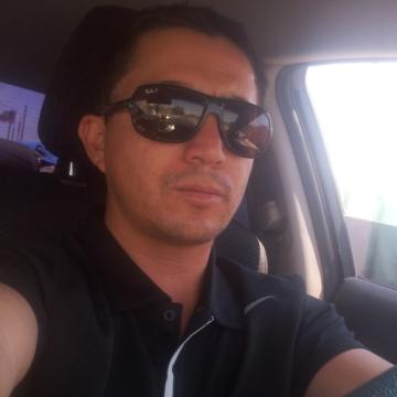 Milton Yapura D, 35, Calama, Chile