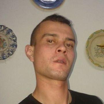 Nuno, 32, Faro, Portugal