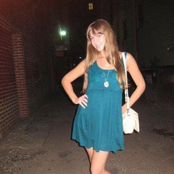 Julie, 36, Manassas, United States