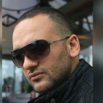 Çağrı Yalçın, 35, Istanbul, Turkey