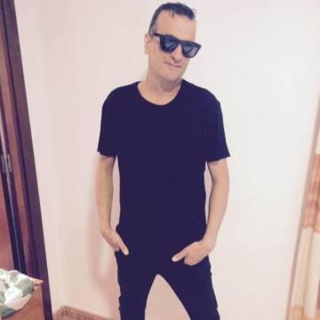 Carlos Moreno Molina, 44, Linares, Spain