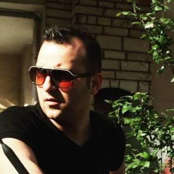Yalcin Ozcn, 30, Istanbul, Turkey