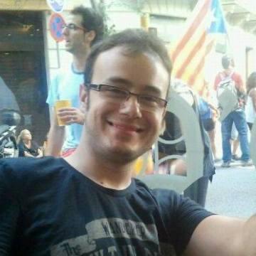 Dani Gartzea Larguier, 31, Barcelona, Spain