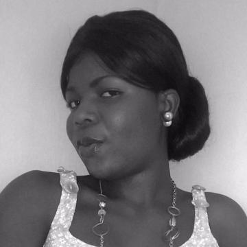 Ewatomi, 27, Lagos, Nigeria