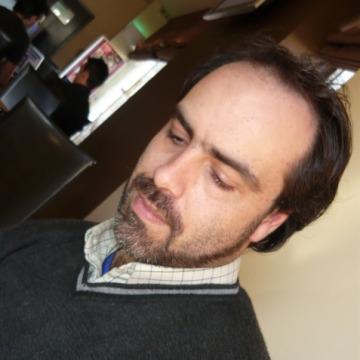 Alvaro Resende, 44, Porto, Portugal
