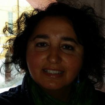 Dolores, 48, Brescia, Italy