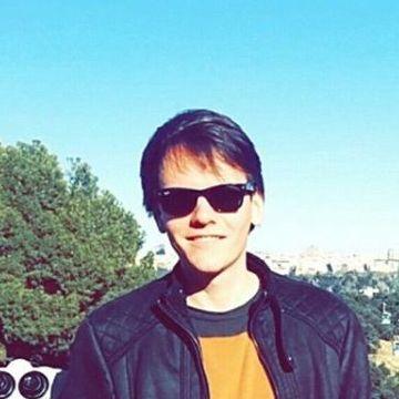 Francisco Camaran, 26, Madrid, Spain