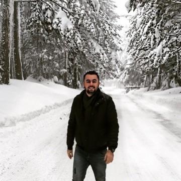 Şahin, 30, Istanbul, Turkey