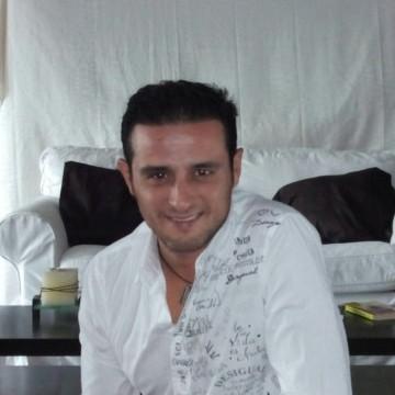 Emilio Manz Mad, 41, Madrid, Spain