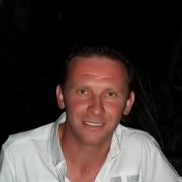 enzo, 38, Saluzzo, Italy