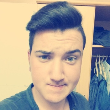 Enes Durmaz, 21, Istanbul, Turkey