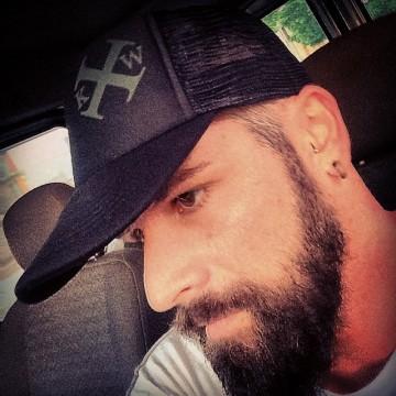 Manuel Medina, 32,