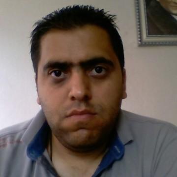 Sinan Çalişkan, 30, Izmit, Turkey