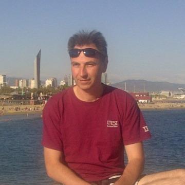 Vadim, 44, London, United Kingdom