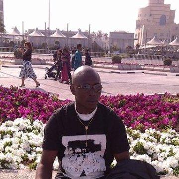 Mark Mark, 36, Doha, Qatar