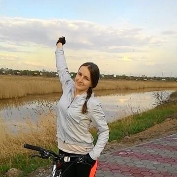 Жанна, 29, Omsk, Russia