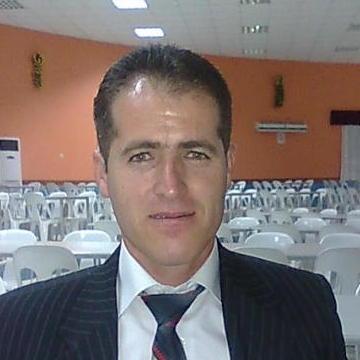 Metin Özbek, 42,