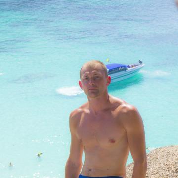 Anton, 32, Saint Petersburg, Russia