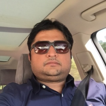 Arif, 37, Dubai, United Arab Emirates