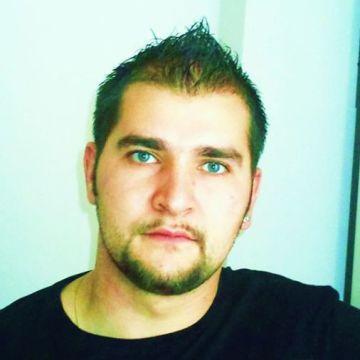 Radu Mortun, 31, Firenze, Italy