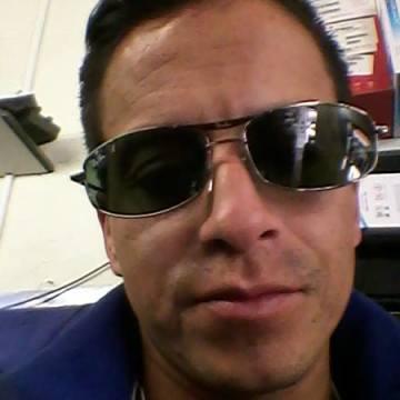 Ricardo Fuel, 39, Ipiales, Colombia