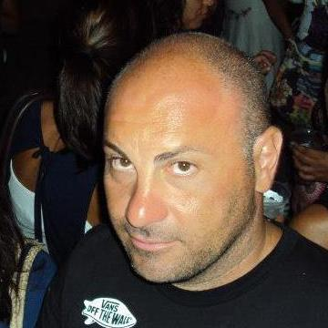 Francesco, 42, Bari, Italy