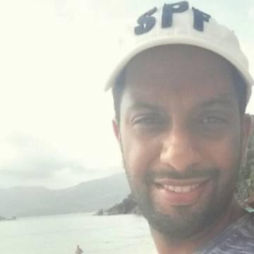 Nader, 32, Abu Dhabi, United Arab Emirates