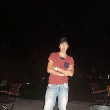 ALi Şahin, 25, Istanbul, Turkey