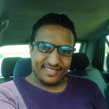 mahmoud , 28, Alexandria, Egypt