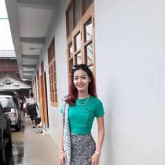 Lyly, 26, Phnumpenh, Cambodia