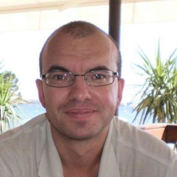 Carles Vila, 38, Olot, Spain