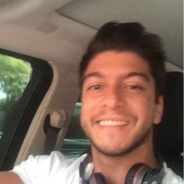 Nico Hinestrosa, 29, Barranquilla, Colombia