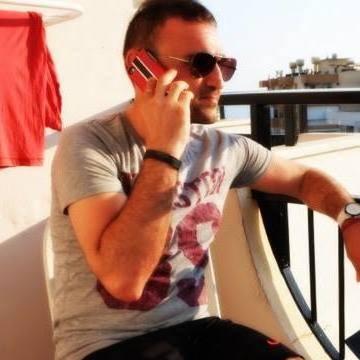 Hakan Sedef, 36, Istanbul, Turkey