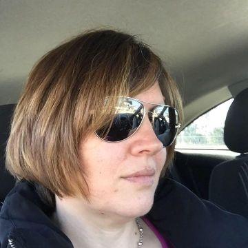 Laetitia , 38, Pierrefeu-du-var, France
